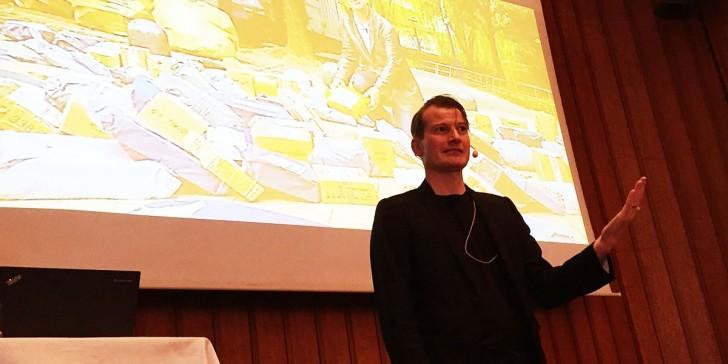 Fredrik Bergström från Tieto berättar om sin upplevelse av Retail's Big Show (foto: Magnus Nilsson)